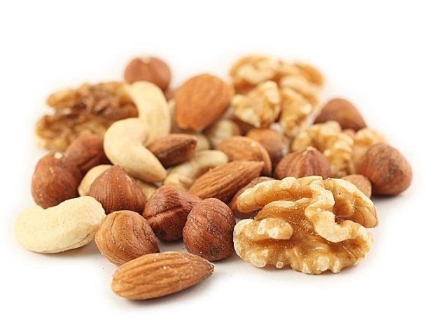ongebrande noten